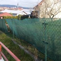 REALIZÁCIE / Rodinné domy a byty (plot pred realizáciou)