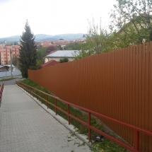 REALIZÁCIE / Rodinné domy a byty (plot po realizácii)